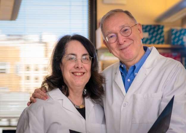 Drs. Arlene Sharpe and Gorden J. Freeman. Photo by Sam Ogden/Dana-Farber